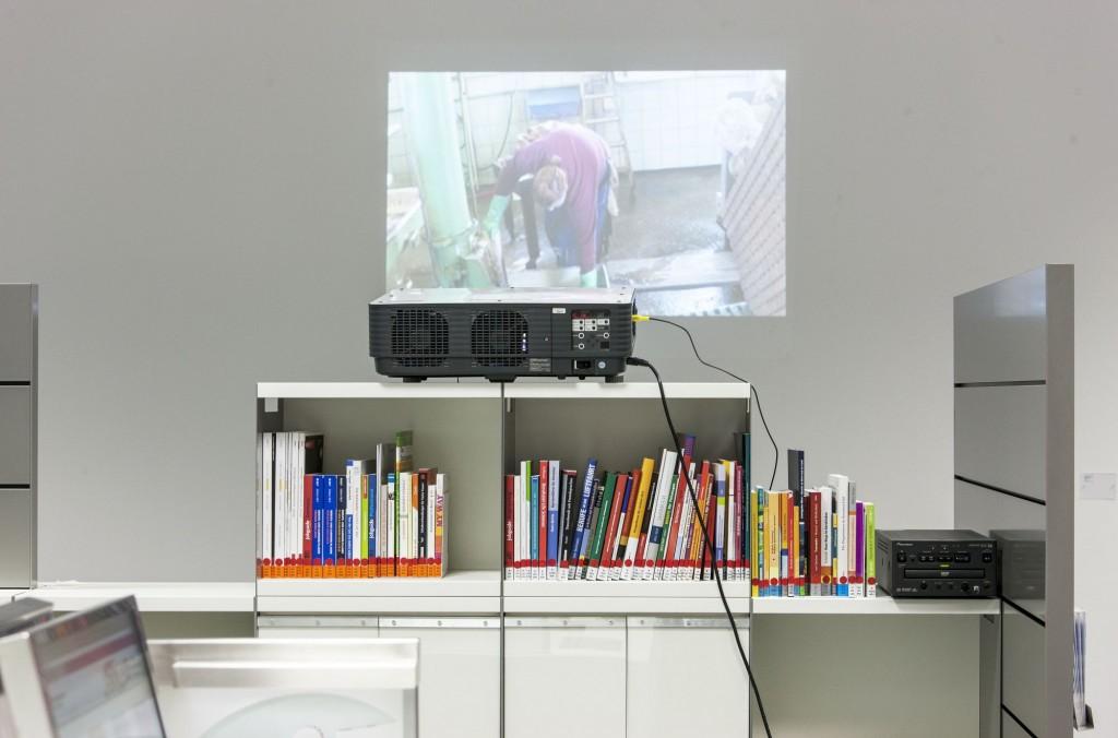 Der Film über unsere Arbeit wird in einer Ausstellung in der Bundesagentur für Arbeit in Stuttgart gezeigt.
